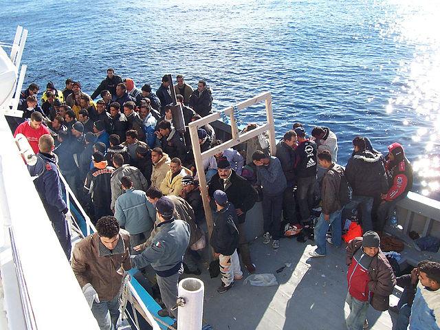 получить статус беженца в Швейцарии, число беженцев в Швейцарии в 2014, получение статуса беженца