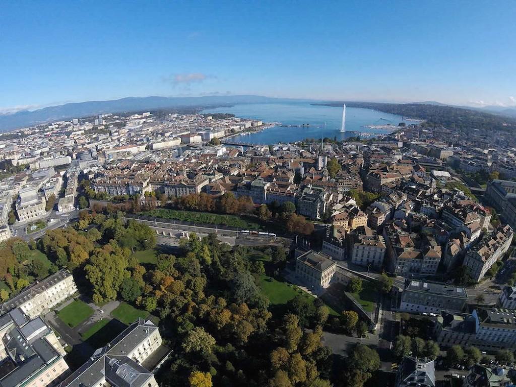 Вид на Женеву. Графика: Alexey M.