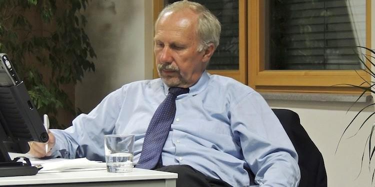 Photo of Глава Нацбанка Австрии предложил зарегулировать биткоин