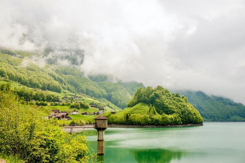 Озеро Лунгерн